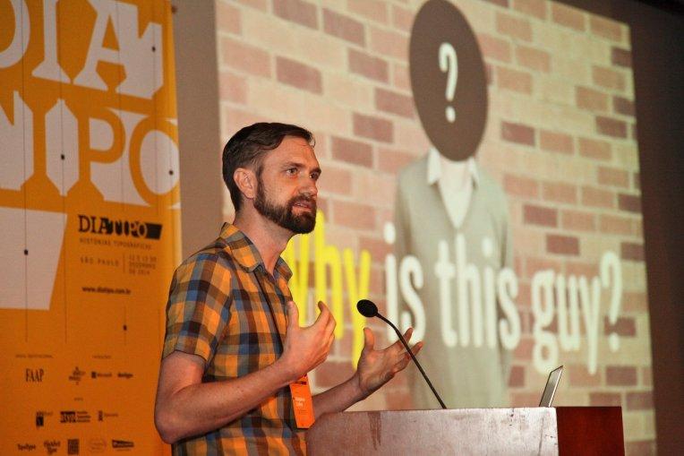 Stephen Coles. Foto do evento.